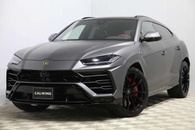 ランボルギーニ ウルス ディーラー車    オプション総額435万円  フルラッピング